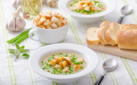 Garlic soup - bio garlic, red onion, all natural ingredients, eat clean